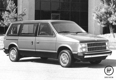 Haynes dodge plymouth and chrysler mini vans 1984 1995 caravan haynes dodge plymouth and chrysler mini vans 1984 1995 caravan voyager and town and country products pinterest mini vans book outlet and outlet fandeluxe Images
