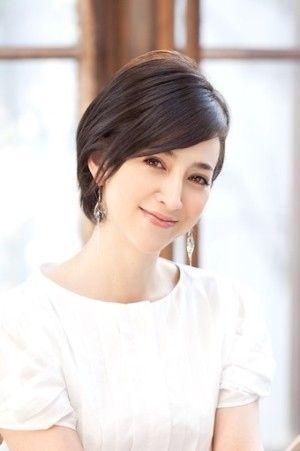 髪型を参考にしたい芸能人 滝川クリステル ショートヘアスタイル画像集 滝川クリステル 髪型 短い髪のためのヘアスタイル 髪型