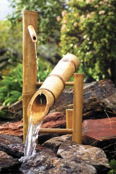 Bamboo Accents Rocking Fountain (Shishi Odoshi) and Pump Kit