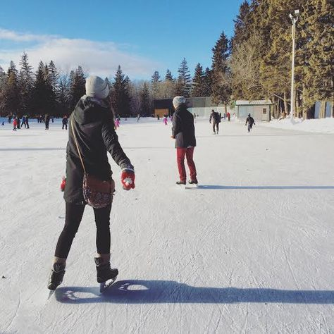 Warm up to Winter In #YEG at Green Drinks Edmonton | The Local Good | A beautiful day over the holidays to go skating at the Victoria Park Oval.  Photo by Leila Fanaeian. | #greendrinksyeg #yegevents