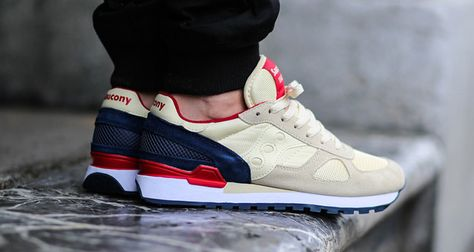 a2d84ad9481c6 Saucony Shadow Original Cream Navy-Red
