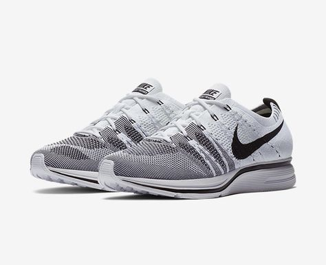 d647a618f056 Nike Flyknit Trainer White Black-3