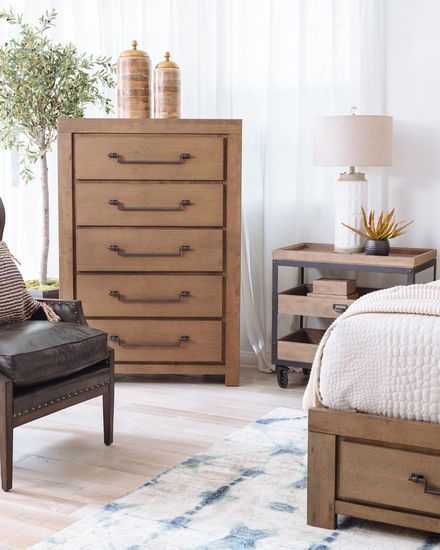 55 Casual Five Drawer Chest In Oak In 2020 Furniture Drawers