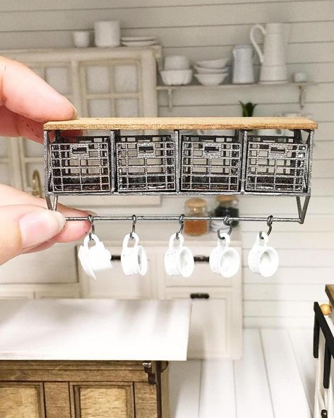 1:12 Dollhouse miniature kitchen metal rack plastic dish plates set BP