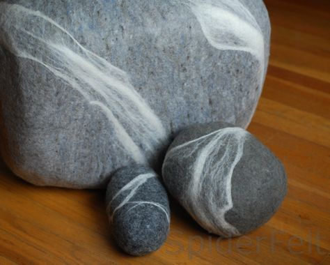 Each Felt Stone Rugs Is A One Of A Kind Creation She Makes Felt Stone Cushions Too They Re All Sold Via Schuhumann S Flussdesign Etsy Stone Rug Diy Rug Rugs