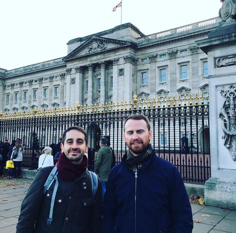 #BuckinghamPalace #Queen #RoyalFamily #sightseeing #london #londonlife #westend #tour #Tourist #lovelondon #LondonSights by jason_sw1