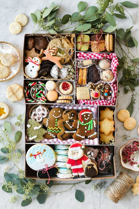 Cookie Boxes 101 + A Guide to Christmas Cookies in Vancouver | Constellation Inspiration