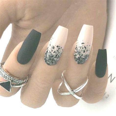 20 schwarze und weiße Acrylnägel-Ideen - #AcrylnagelIdeen #schwarze #und #wei... - #Acryl #AcrylNagelIdeen #Basteln #Bilder #Farben #Farbverlauf #Glitzer #Pflegen #Rostiger #Schlicht #Schwarze #und #wei #Weiße