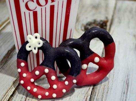 Ok you all know I love Snyders Olde Tyme Pretzel twists!! You may have come across my Star Spangled Pretzel Twists but today I am taking a Disney Spin on my favorite treat!!! How about Mickey and...