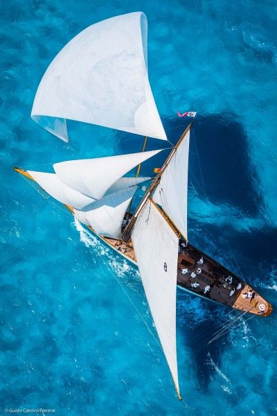 Finding the Right Vessel At Boat Shows Sports Nautiques, Parasailing, Yacht Boat, Boat Rental, Lake George, Sail Away, Boat Plans, Tall Ships, Canoe