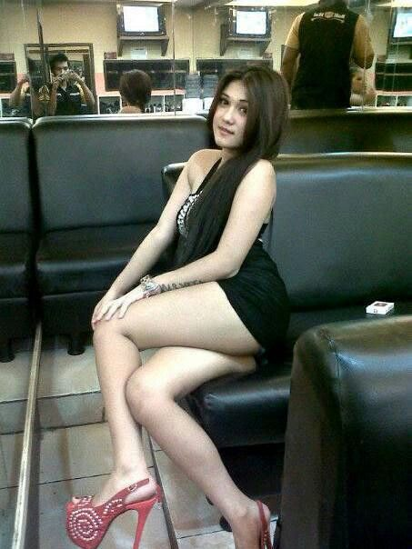 artis-indonesia-fake-naked