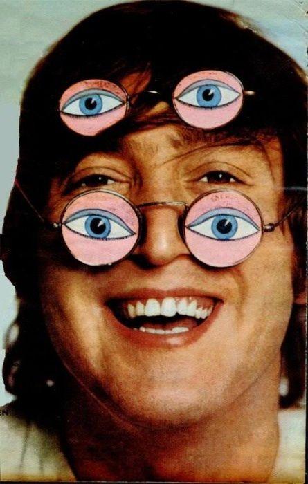 ((°J°)) John Lennon.