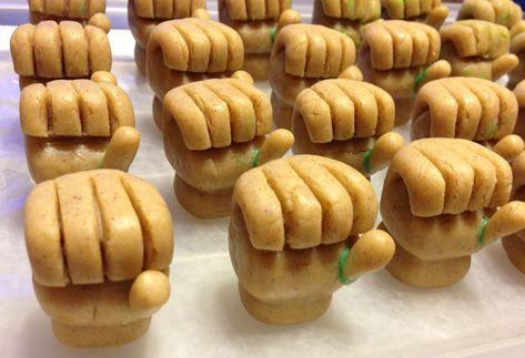 How to Make Incredible Hulk Cake Pops