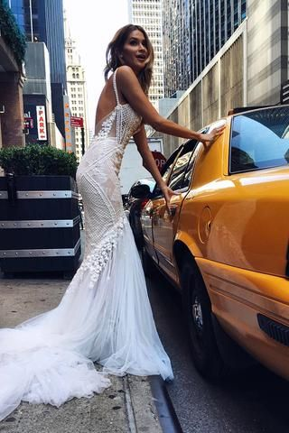 Luxurious Ivory Straps Mermaid Sleeveless Long Deep V Neck Tulle