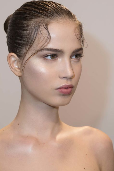 7 Beauty Lessons We Learned at Paris Fashion Week