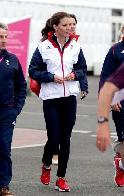 f3cf90164 Kate Middleton wears adidas Supernova Glide 4 GB (1)