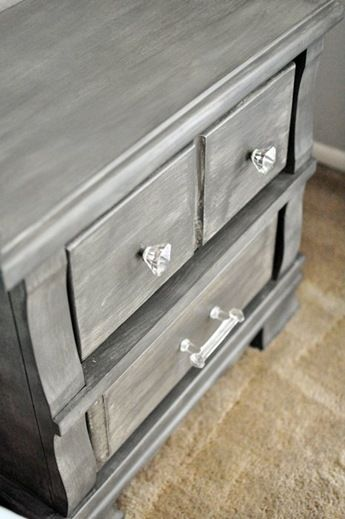 Best 25+ Gray Nightstand Ideas On Pinterest | Refurbished Night Stand,  Chalk Paint Dresser And Chalk Paint Furniture