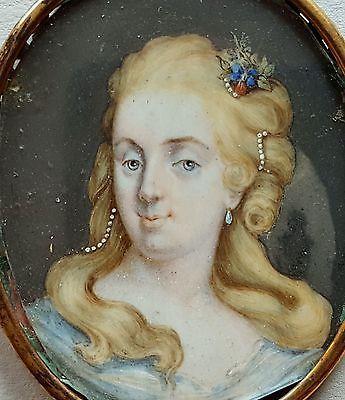 details zu miniatur portrait einer dame mit perlen im haar