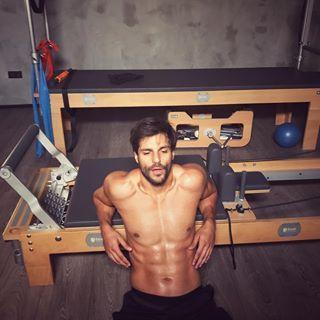 Serkan Cayoglu Serkancayoglu Instagram Photos And Videos Hombres Turcos Actores Famosos