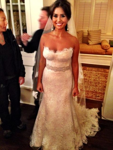 gorgeous bride - catherine LOWE :) apparently i look like this woman... hmm
