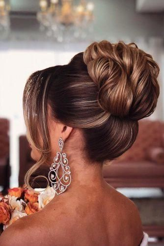 42 Chic Wedding Updos For Long Hair Wedding Forward Bun Hairstyles For Long Hair Bun Hairstyles Long Hair Styles