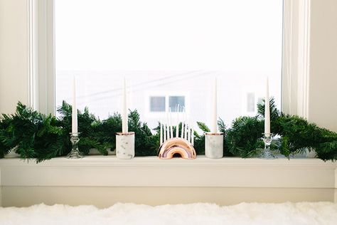 Let There Be Light - How Lonny Editors Decorate Their Homes For The Holidays - Photos