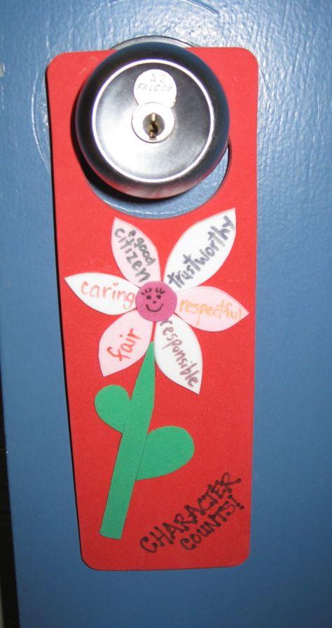 A Six Pillar flower on a door hanger!