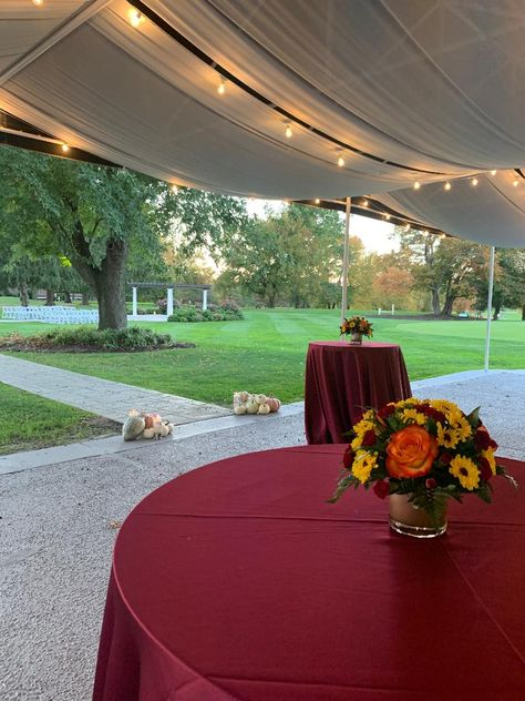 At Ramblewood, you can choose from a variety of linens for your high tops during cocktail hour and dress the location however you like! #RonJaworskiWeddings #RamblewoodCountryClub #NewJerseyWedding#RusticWedding #WeddingVenue #NJWeddingVenue #NJWeddings #OutsideCeremony #OutsideCocktailHour #FallWedding #FallTheme