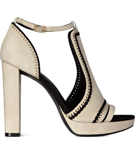 8c9fa83b75e7b7 Shoes For Women - Buy The Best Comfortable Designer Fashion Shoes For Ladies  Online