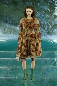 Fendi Roma - Haute Couture Fall Winter - Shows - Vogue.