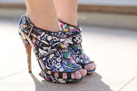 Art Colorful High Heel Shoes i-love-shoes-bags-boys