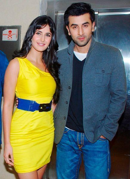Katrina Kaif Height Age Boyfriend Family Biography More Starsunfolded In 2020 Katrina Kaif Bollywood Ranbir Kapoor