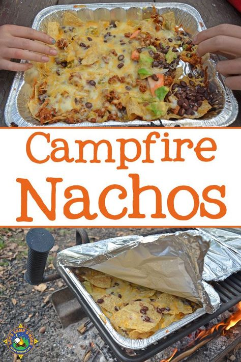 Campfire Grilled Nachos Recipe - Do you love nachos? Make this Grilled Nachos Recipe over the campfire on your next camping trip. They are easy to customize for each person. meals summer Grilled Nachos Recipe - Made on a Grill or over the Campfire Camping Con Glamour, Campfire Grill, Easy Campfire Meals, Campfire Desserts, Campfire Games, Foil Pack Meals, Tin Foil Dinners, Hobo Dinners, Bushcraft Camping