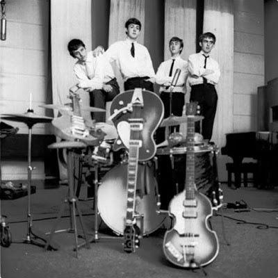 Yo Fuí A Egb Los Años 60 S Y 70 S Los Beatles Y La Beatlemanía 1ª Parte Yofuiaegb La Egb Recuerdos De Los Años 60 Y 7 Beatles Music The Beatles Beatles Photos