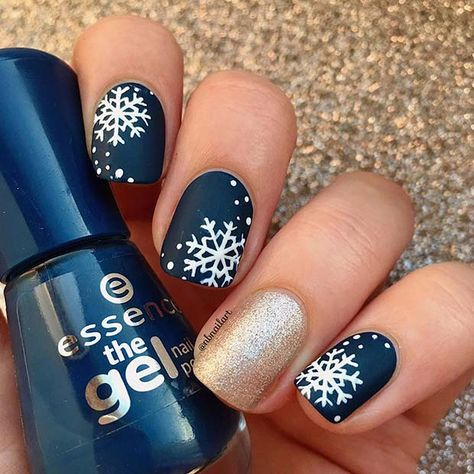 43 Nail Design Ideas Perfect for Winter 2019 Need help finding trendy winter nail ideas? Try one of these 43 best winter nail colors and designs . Take a look to find your favourite!