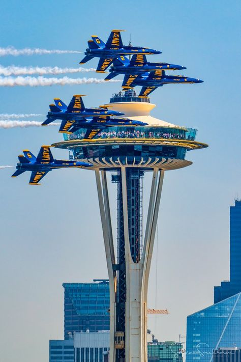 Final day of Seafair Seattle Blue Angels flying next to Space Needle Airplane Fighter, Fighter Aircraft, Military Jets, Military Aircraft, Air Fighter, Fighter Jets, Nashville, Us Navy Blue Angels, Nova Orleans