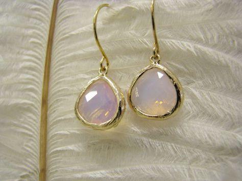 Ohrhänger & Ohrringe - Ohrringe Kristall vergoldet Glas rosa opal - ein Designerstück von Sischima bei DaWanda