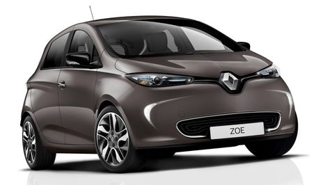 Renault Zoe Is The First Low Cost Ev To Go 250 Miles On A Charge Renault Zoe Renault Vehicles