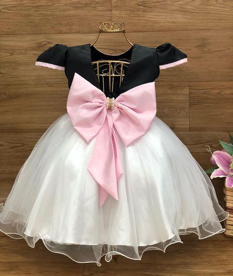 "Perollas Moda Kids on Instagram: ""Vestido luxo Mundo Bita 😍  Disponível nos tamanhos 1/2/3 anos . . Vem para @perollaskids !! @coloribabyconfeccao 👉 Nossos endereços 👇 Loja…"""