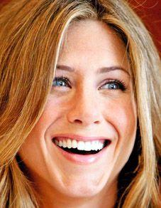 Jennifer Aniston Height, Net Worth
