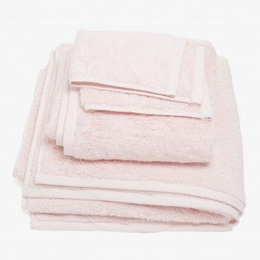 Decorating With Bathroom Towels Pink Bath Towels Modern Furniture Decor Pink Towels