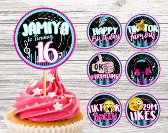 Tiktok Queen Sign Printable Tiktok Birthday Party Sign Tik Etsy Em 2021 Convite De Aniversario Convite Aniversario