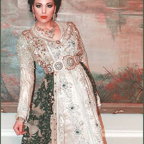 """Amira"" Lebsatte #traditionnal ##amira#beldi#vertmalaki#newstyle #newco #2016…"