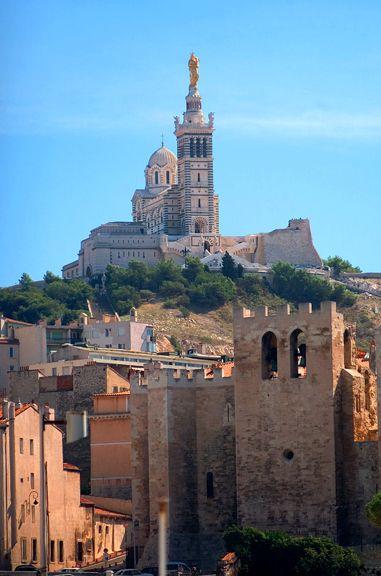 Notre Dame de la Garde et l'abbaye de Saint Victor, Marseille  Stone & Living - Immobilier de prestige - Résidentiel & Investissement // Stone & Living - Prestige estate agency - Residential & Investment www.stoneandliving.com