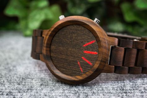 Sleek Wooden Smartwatches That Marry The Traditional And Modern - DesignTAXI.com