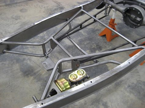 1b5ddfbaa167 1932 frame with recessed boxing plates