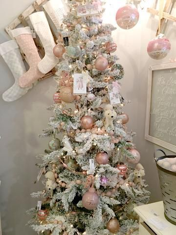 34++ Flocked christmas tree with pink ornaments ideas in 2021