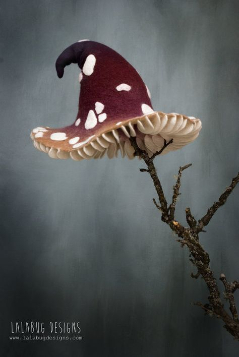 Moldes Halloween, Halloween Kostüm, Halloween Costumes, Halloween Cartoons, Mushroom Hat, Mushroom Costume, Fantasy, Felt Art, Larp
