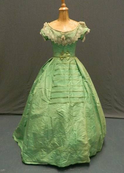 34++ Green victorian dress ideas in 2021