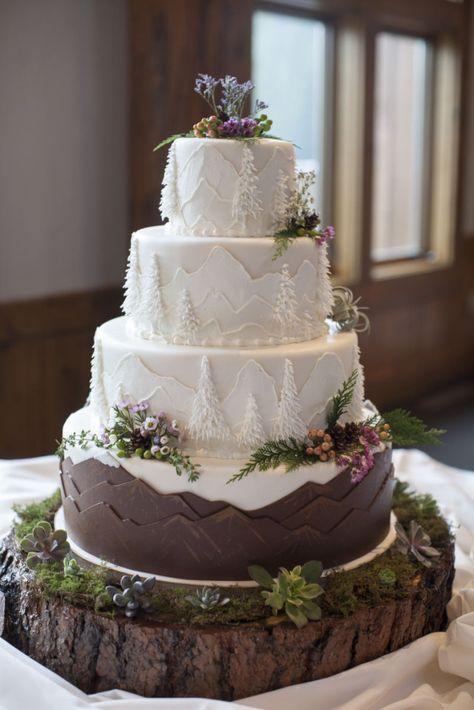 Wedding Reception Entrance - - Wedding Gifts For Parents - Fall Wedding, Our Wedding, Dream Wedding, Winter Wedding Cakes, Wedding Games, Christmas Wedding Cakes, Winter Cakes, Wedding Ideas, Purple Wedding